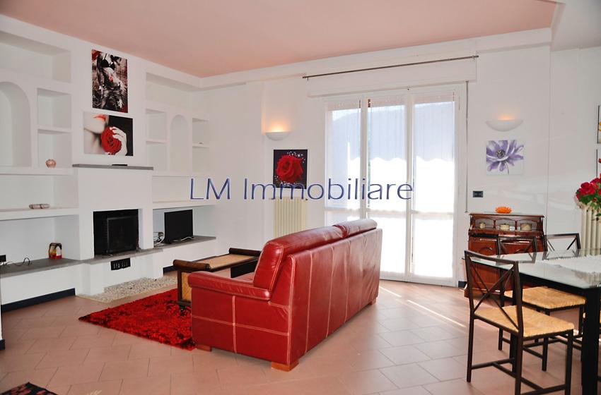 Appartamento Romito Magra – V609