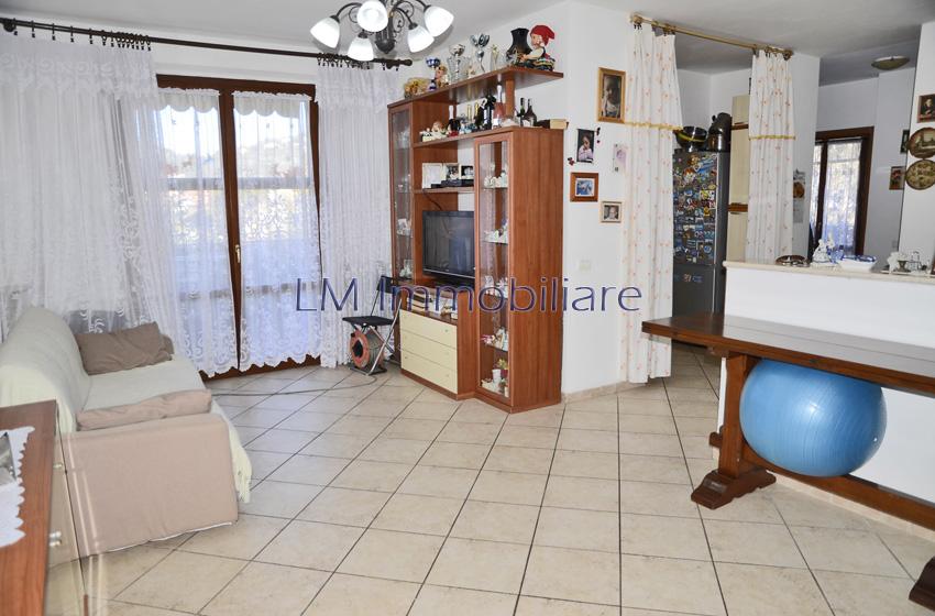 Appartamento Romito Magra – V654